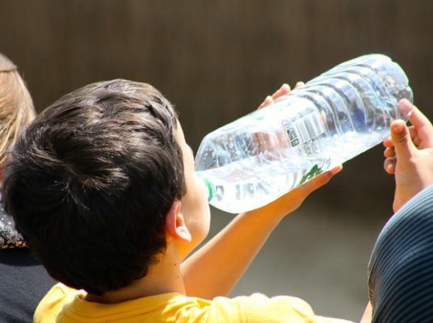 consejos-hidratacion-agua-verano