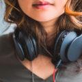 jovenes-problemas-audicion-OMS-Espana