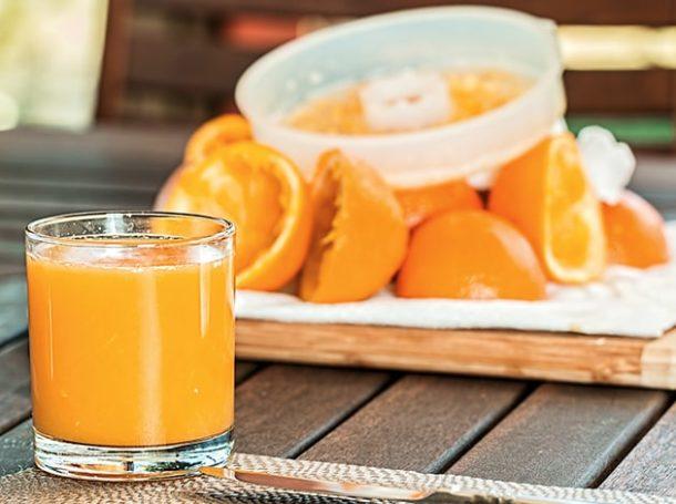 zumo-bebidas-azucaradas-riesgo-cancer